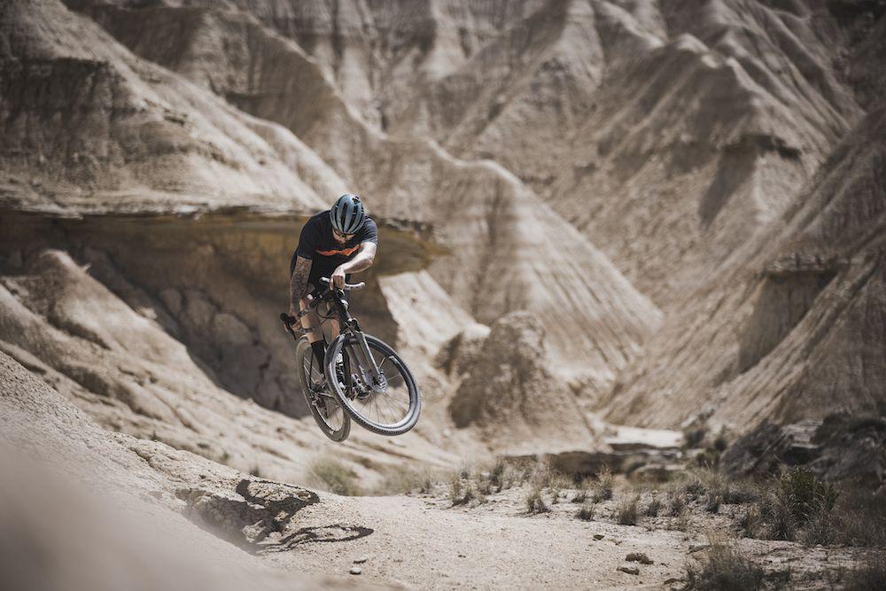 David Cachon Gravel Olas de tierra en el Desierto de las Bardenas Reales